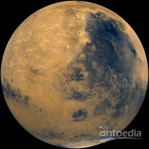 """宇航局""""海盗""""号飞船拍摄的火星照片。这艘飞船于1975年发射升空"""
