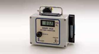 2520便携式常量氧分析仪