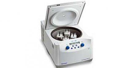 5702 RH 台式控温离心机